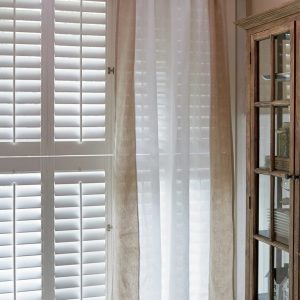 Riviera Maison East Hampton – Gordijn – 140 x 270 cm – Flax/Wit