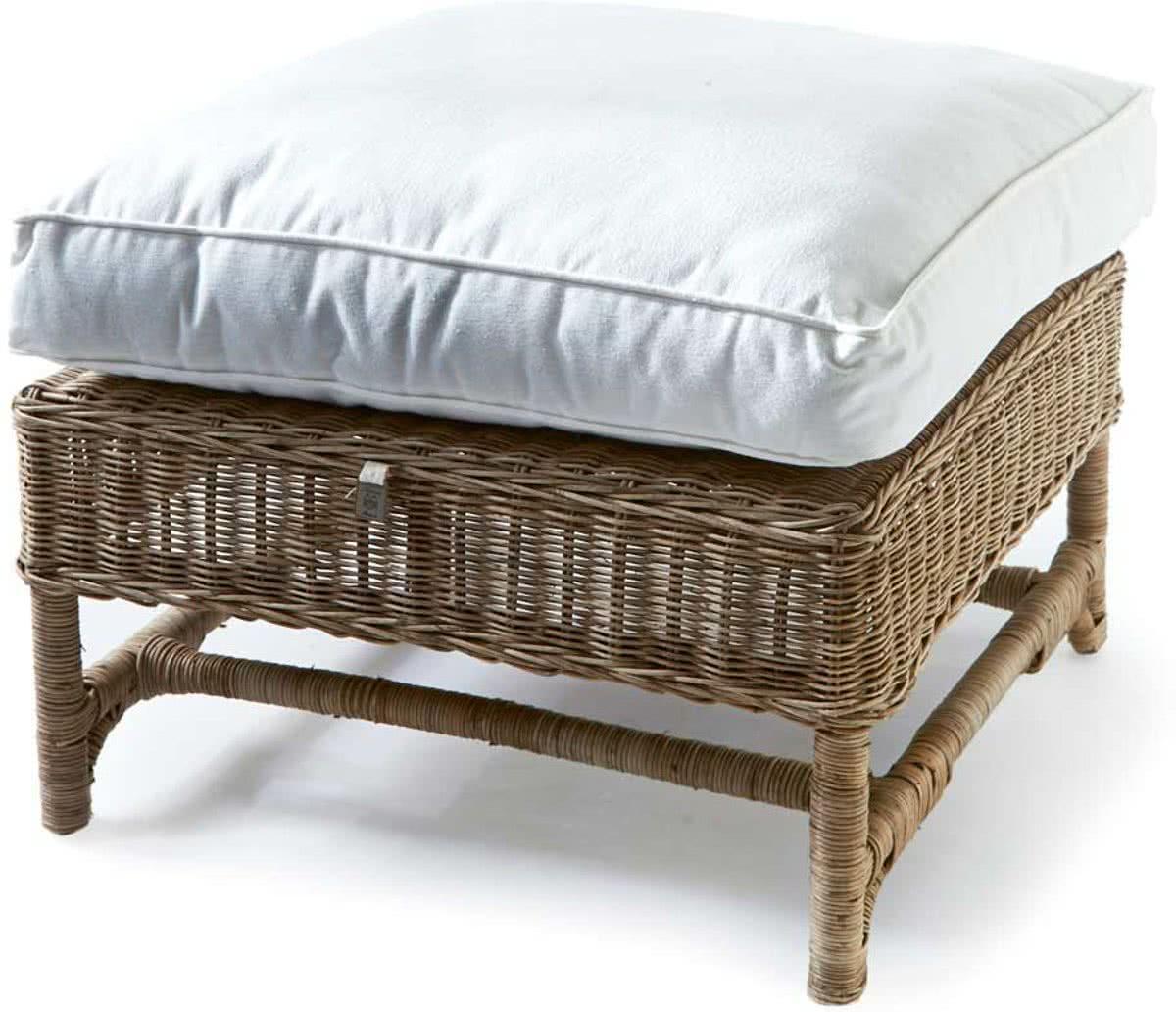 Riviera Maison Nicolas Wing Chair – Hocker – 64 x 49 cm – Rattan